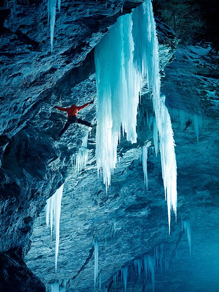 peter-ortner-climbing-zirknitzgrotte-austria_73021_990x742