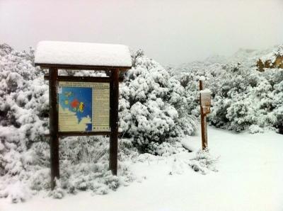 Isola di Caprera inizio sentiero per Candeo